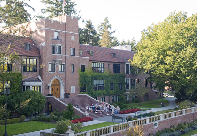 Pomona College Named A Top Producer of Fulbright Students