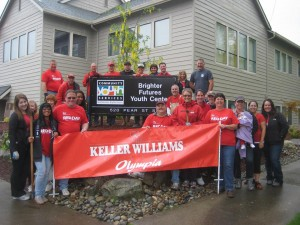 Tryon joined Keller Williams for a day of service to Community Youth Services. Involvement in the community is important to both Tryon and Boggs.