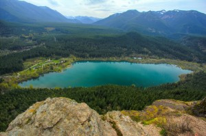 Scenic views and a brisk trip are the selling point of this four-mile out-and-back trail. Hikers explore this popular hike year-round, which means that there will likely always be safety in numbers along Rattlesnake Ledge.