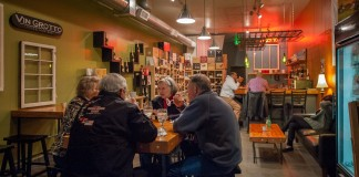 El Tufo Wine Bar