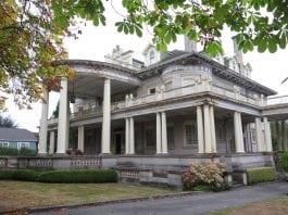 Rust Mansion Tacoma