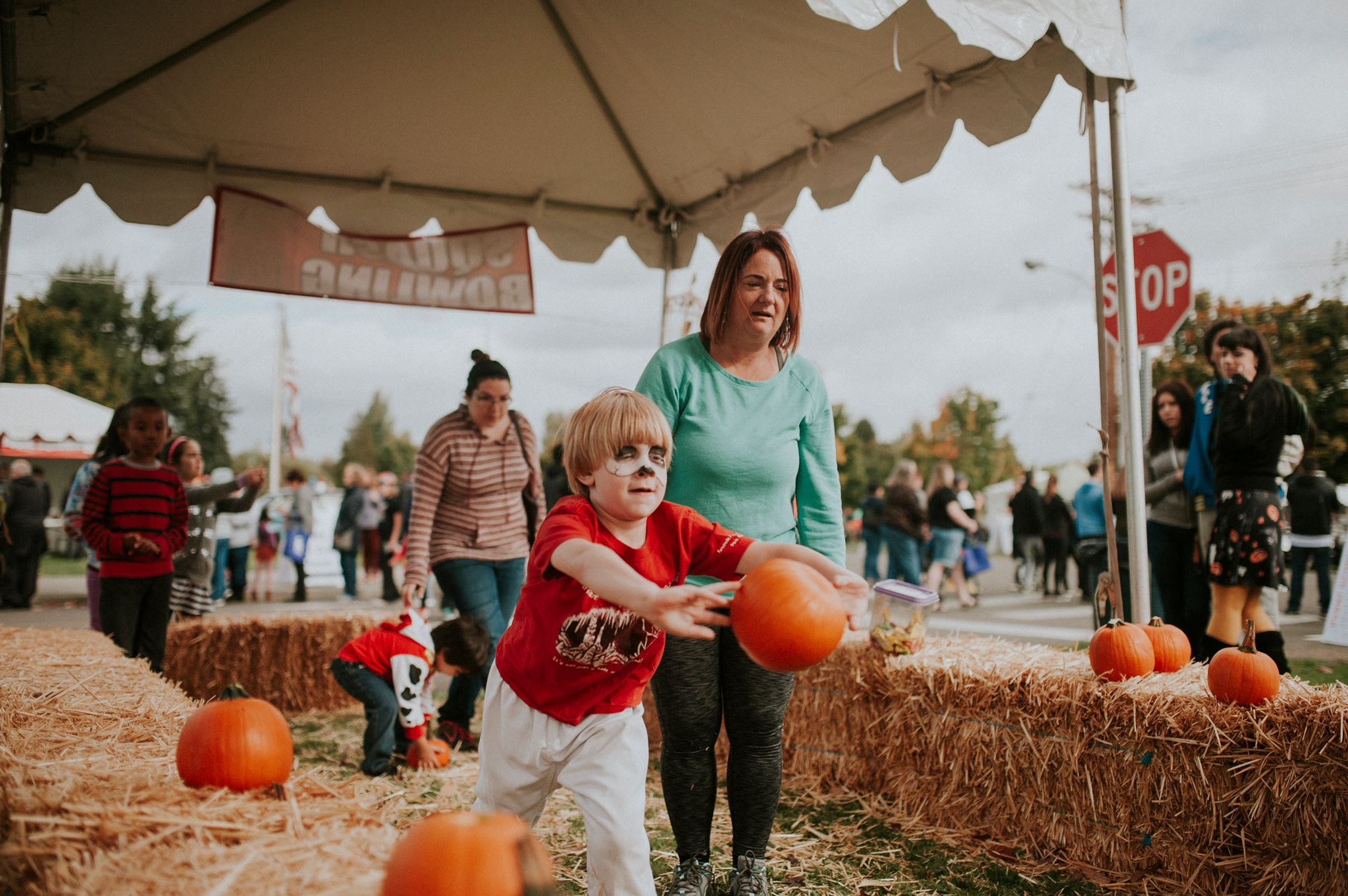 fun fall festivals and events in pierce county southsoundtalk. Black Bedroom Furniture Sets. Home Design Ideas